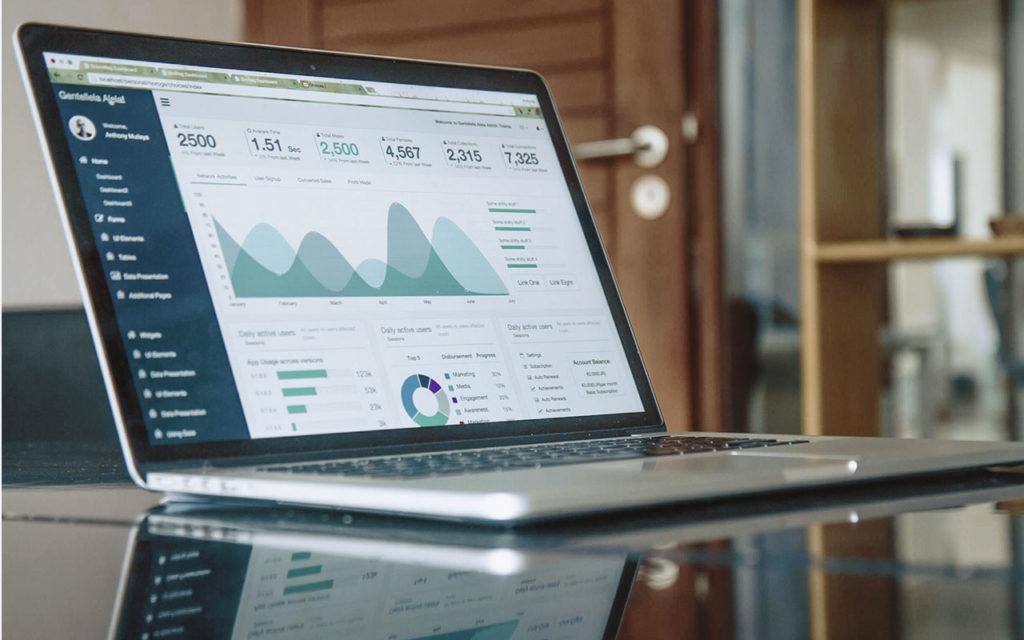 laptop, statistik, fakten, video marketing